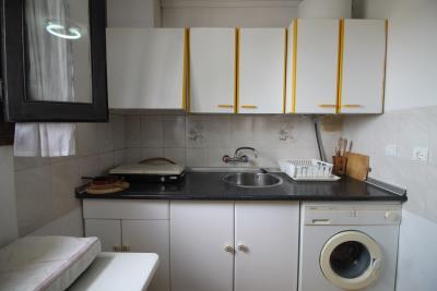 4-Kitchen-view-2