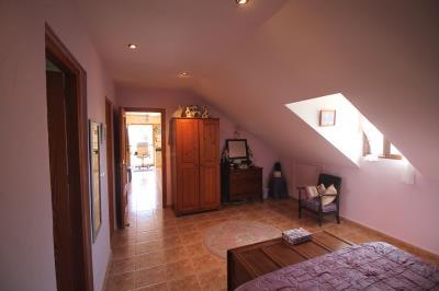 20---upstairs-master-bedroom