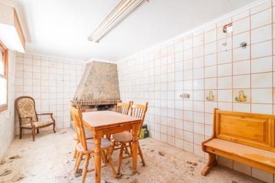 15-Exterior-kitchen-BBQ-area