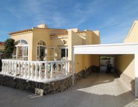 Image No.1-Villa / Détaché de 3 chambres à vendre à La Marina