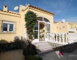 Image No.0-Villa / Détaché de 3 chambres à vendre à La Marina
