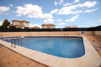 3---swimming--pool