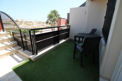 6---front-terrace