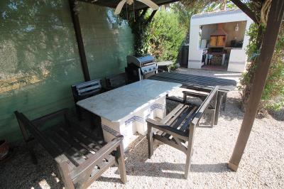 5---seating-are---gazebo
