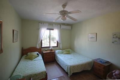 17---bedroom-2