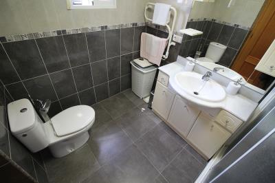 17--en-suiet-bathroom