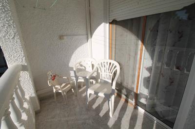 16---shared-balcony