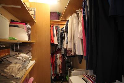 17---walk-in--wardrobe