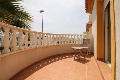 15-Balcony-2