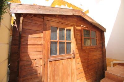 21-storage-shed