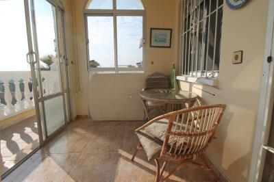 5---glazed-porch
