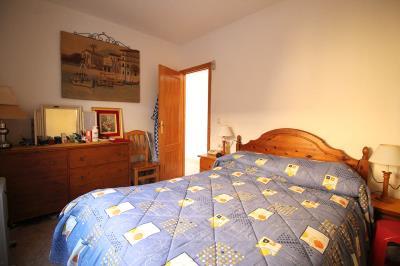 14---bedroom1