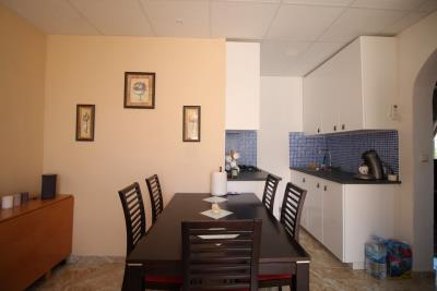 6-Dining-area