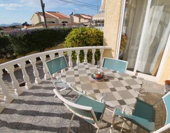 3-Front-terrace-view-2