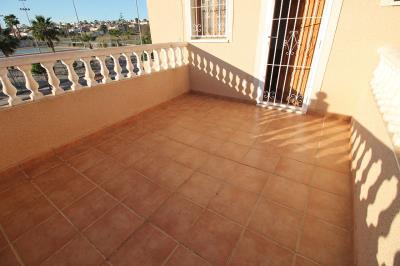 20---bedroom-3--terrace