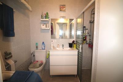 9---bathroom