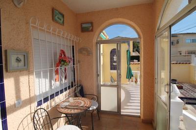 4---glazed-porch