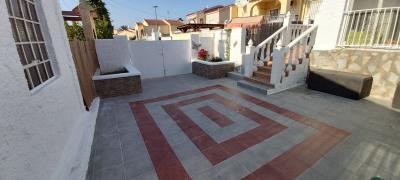 2--front-terrace