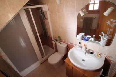 18--bathroom-1