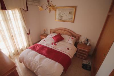 21--bedroom1