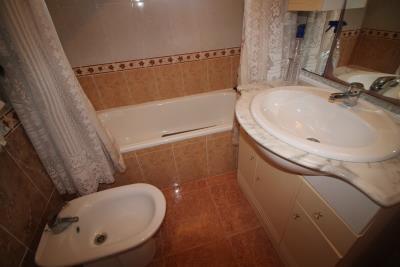12-Bathroom-2