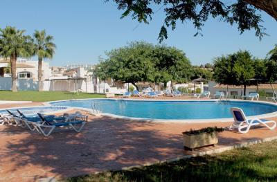 1-Communal-Pool