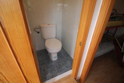 15-Toilet--solarium-
