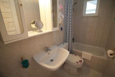 35-Bathroom-1-view-1