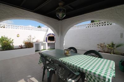 27-Exterior-Dining-Area-BBQ