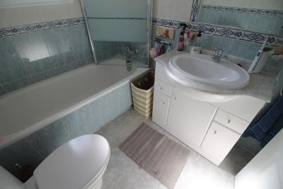 21-Bathroom-1-view-1