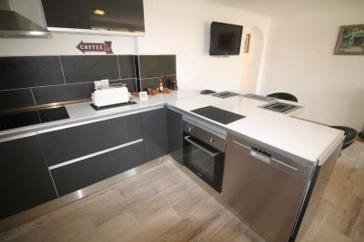 29-Underbuild-Kitchen-view-4