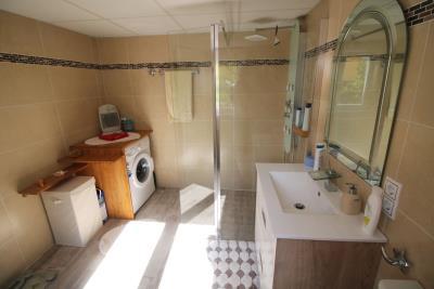 34-Underbuild-Bathroom-view-2