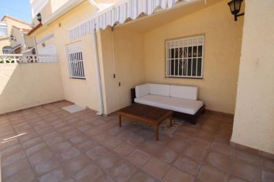 23-Outdoor-seating-area