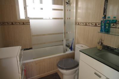 13-Bathroom-2