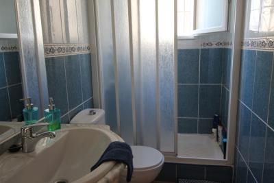 14-Bathroom-1
