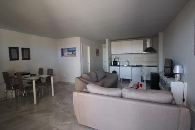18-UB-Living-room