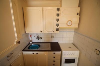 9-Kitchen-A