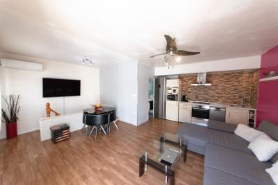 3-Living-room--Custom-