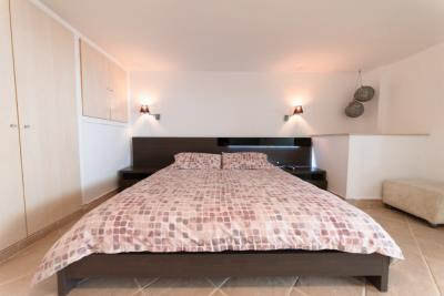 9-Bedroom-1B--Custom-