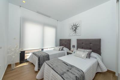21--Bedroom