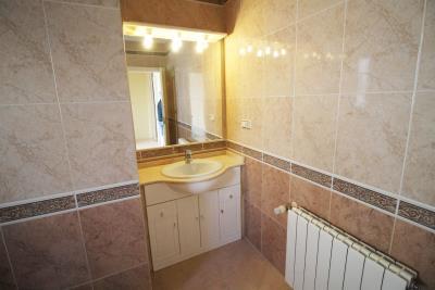 21-Bathroom-2