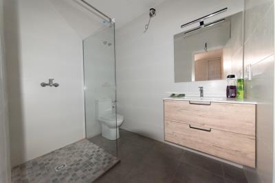 17-en-suite-bathroom-3--Personalizado-
