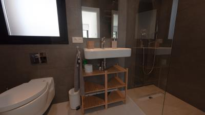 14-Bathroom-2-en-suite---Personalizado-