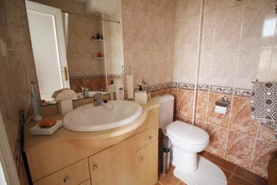 33-Bathroom-2-view-3