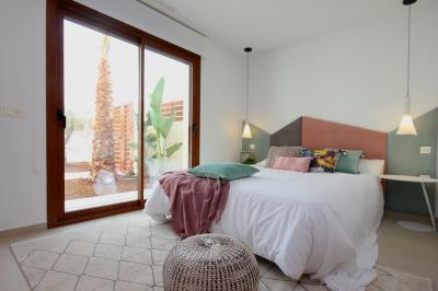 10---master-bedroom