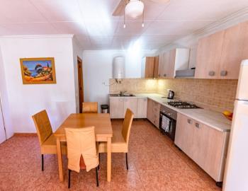 2-kitchen---dining--Personalizado-