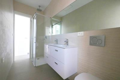 9---bathroom-1