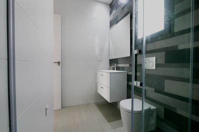 11---bathroom-2-2