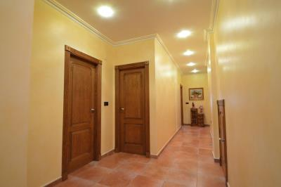 33---hallway