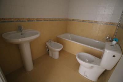 10-Bathroom-1